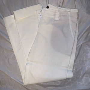 Tommy Bahama cropped white pants